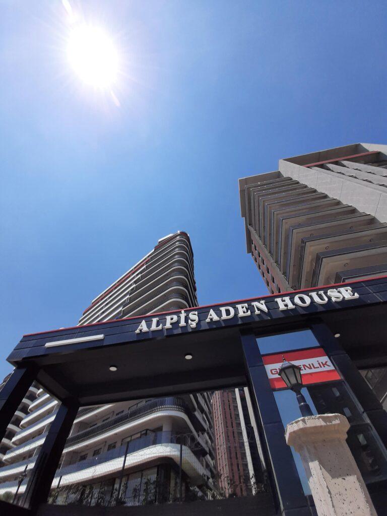 Aden House YGBS'ye Emanet
